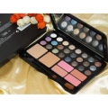 MAC Make Up Kit 04 (Made In Canada)-58gm.